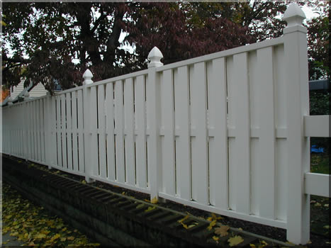 Semi private Connecticut style privacy fence