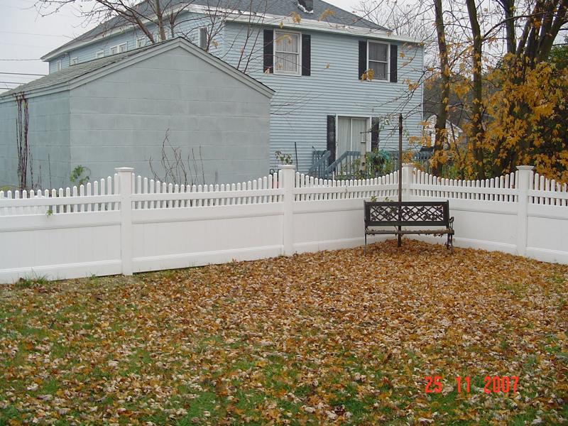 Illinois pvc privacy fence