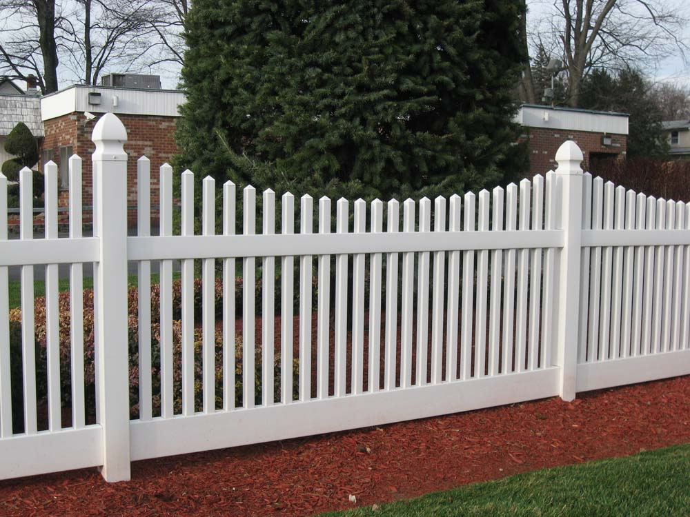 Traditional White Vinyl Picket Fencing Wholesale Vinyl