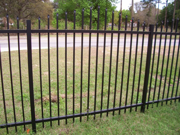willet style metal fencing